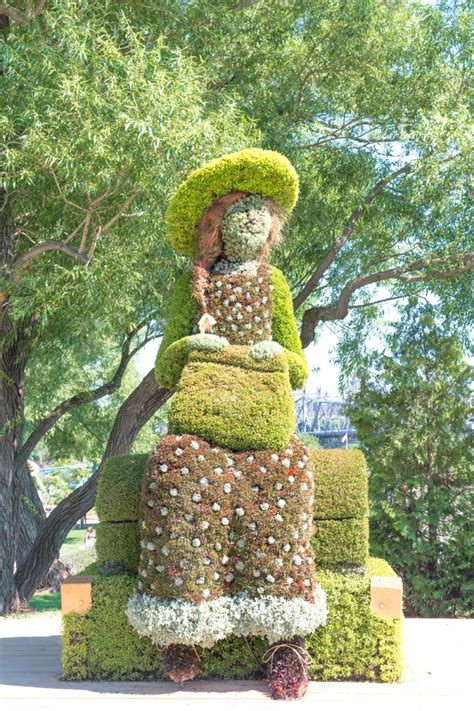 Stroll Through The Spectacular MosaiCanada At Jacques