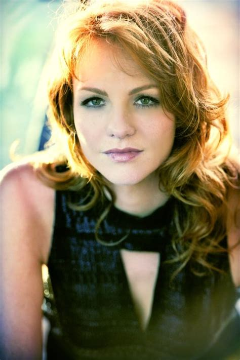 Hottest Woman 5/18/16 – ANNE LEIGHTON (Grimm)! | King of