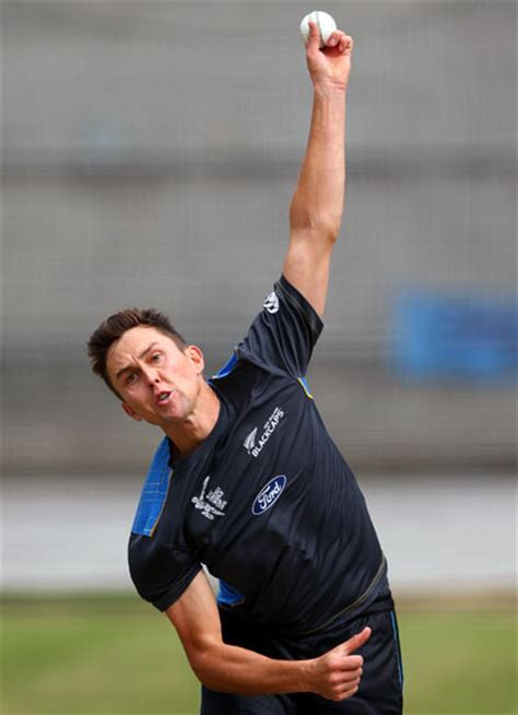 Kiwi bowling star Boult looking to swing it for Hyderabad