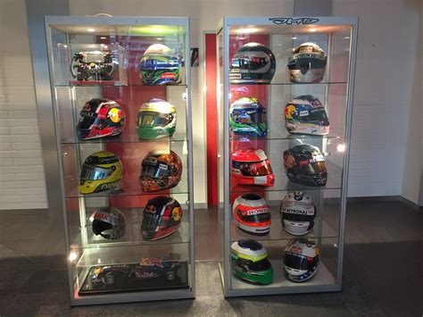 A beautiful collection of helmets from JMD : formula1
