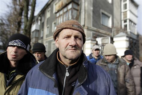 Can Russia halve poverty by 2024?