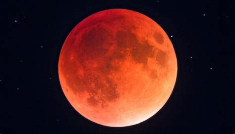 Super blue blood moon: NZ to witness extremely rare event