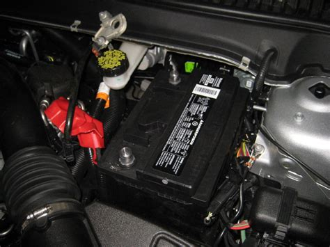 2013-2016-Ford-Fusion-12V-Automotive-Battery-Replacement