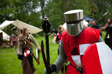 Chainmail & Mace   LARPING