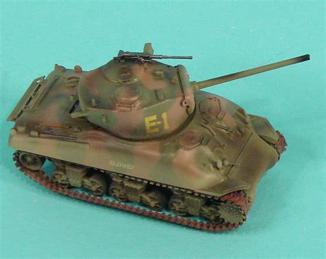 Easy Model 36248 1/72 M4A1(76) Sherman First Look