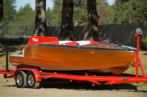 1948 23' Ventnor Twin Engine Runabout for Sale, $225,000