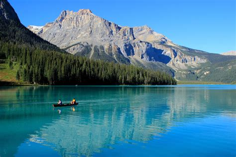 10 Most Beautiful National Parks in Canada (with Photos