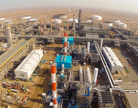 Air Liquide starts up its largest industrial investment