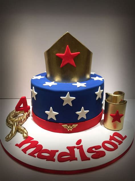 Wonder Woman Cake - CakeCentral