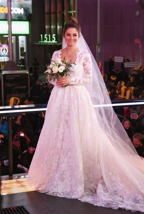 MARIA MENOUNOS Getting Married on New Year's Eve in New