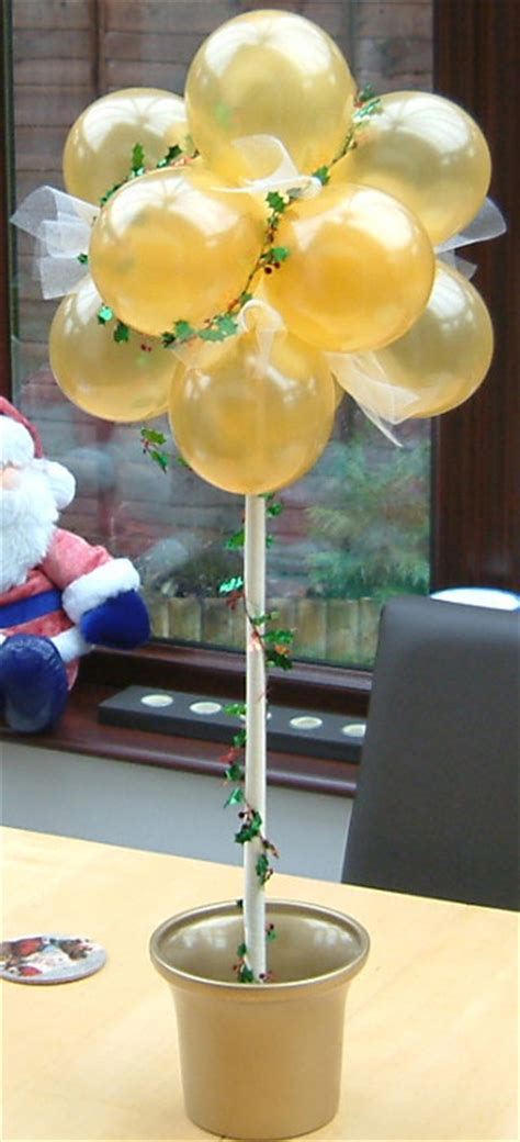 How To Make A Mini Topiary Tree with Balloons!