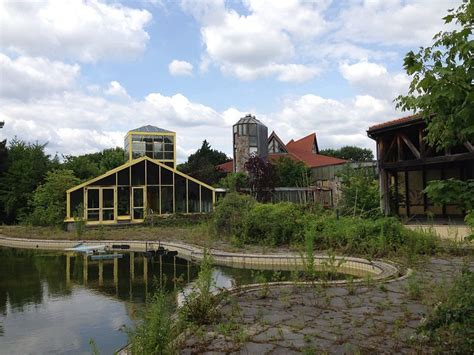 "Blub: Berlin's Abandoned ""Air and Bathing Paradise"" (in"