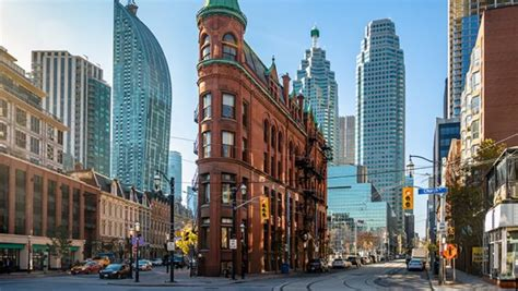 Apartments for Rent in Downtown Toronto | Hollyburn Properties