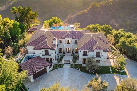 Drake's Beverly Hills Villa With Canyon Views Is the