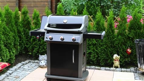 Weber Gasgrill Spirit E 320 GBS Original - YouTube