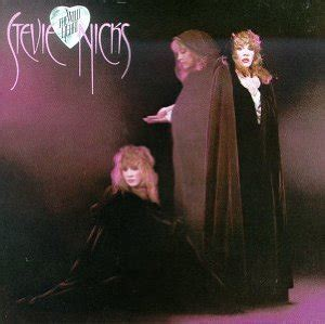 """Rhino Expands Stevie Nicks' """"Bella Donna"""" and """"The Wild"""
